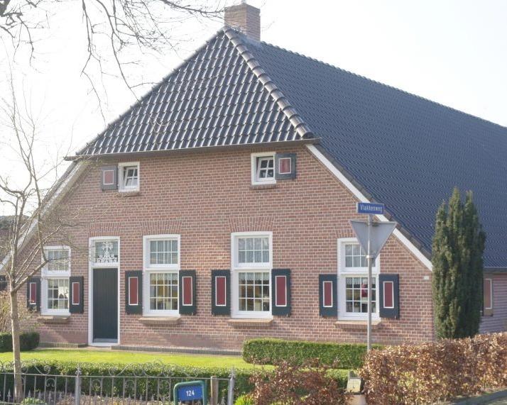 Voegwerk herstellen en snijvoeg zetten in Staphorst