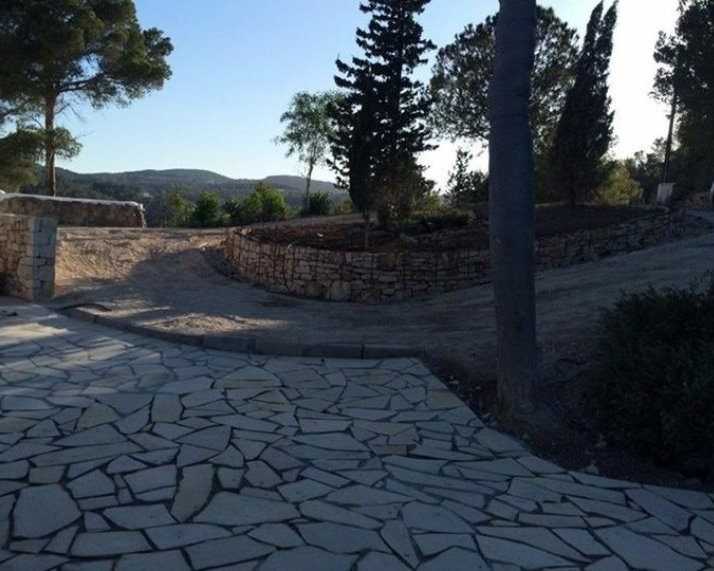 Work in progress tuin Ibiza